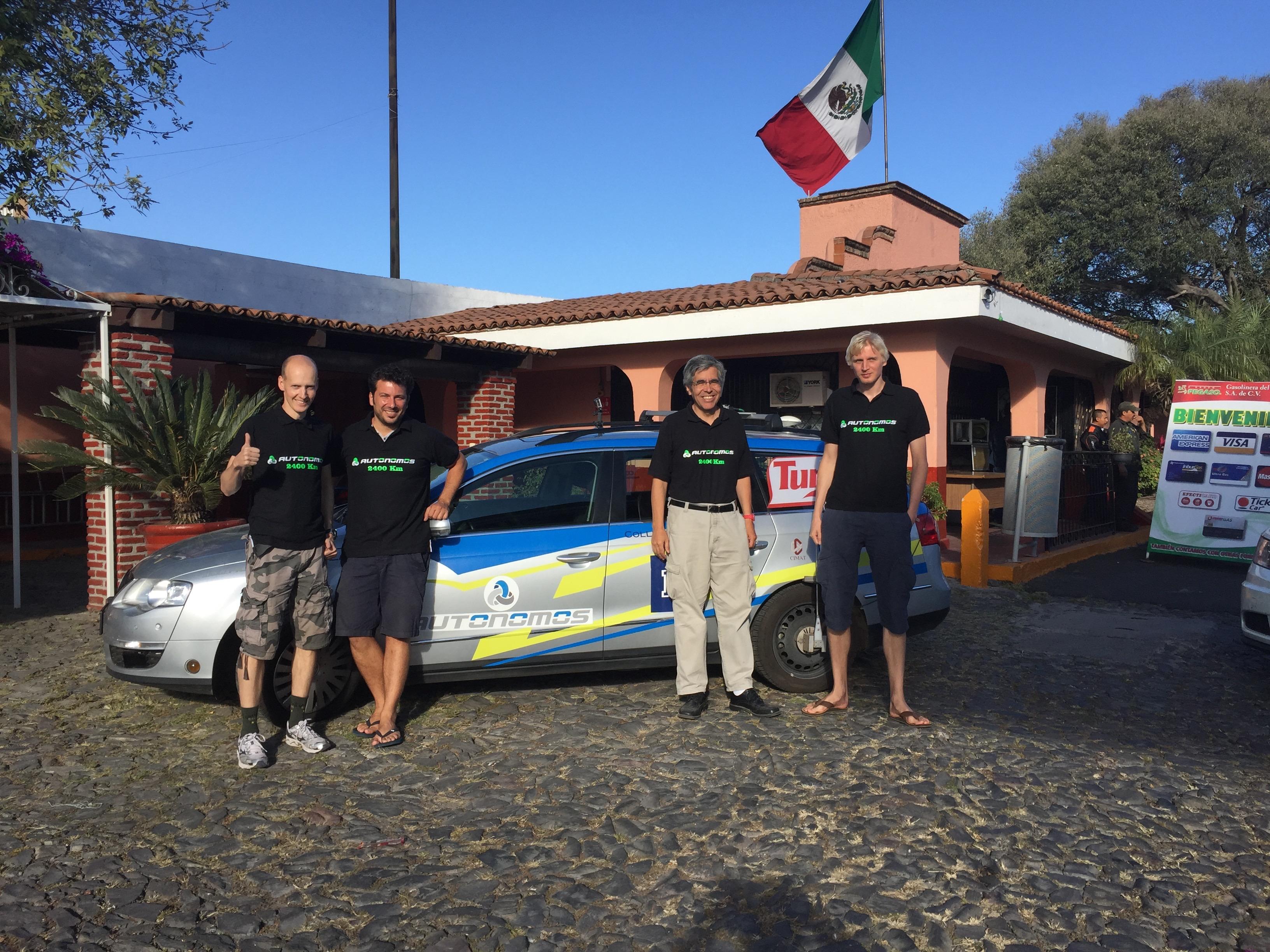 Autonomos Team Mexico